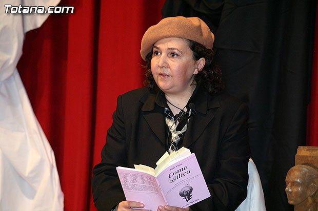 """The IES """"Juan de la Cierva y Codorníu"""" grants the title of Bachelor of Honor 2018 to poet Katy Parra"""