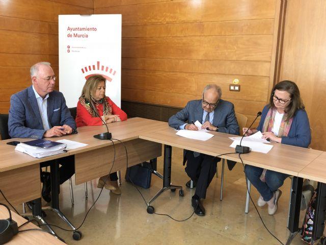 Los alumnos de la Escuela de Turismo de Murcia podrán explicar los lugares de interés de las ´Moon Bike´ - 2, Foto 2