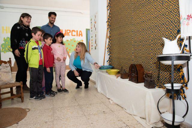 Semana cultural en el CEIP Manuela Romero dedicada a la Región de Murcia, Foto 1