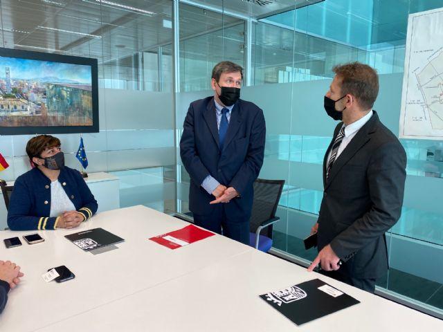 La Concejalía de Comercio de Torre Pacheco se reúne con el nuevo Director General en el Consistorio - 4, Foto 4