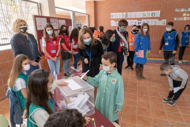 Más de trece mil alumnos de 31 centros educativos están llamados a las urnas de los presupuestos participativos - 1, Foto 1