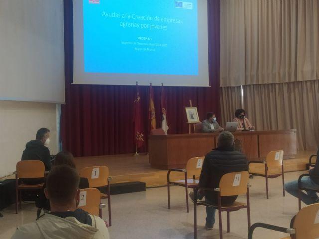 Nuevas charlas informativas sobre las ayudas a jóvenes agricultores en Puerto Lumbreras y Mazarrón - 1, Foto 1