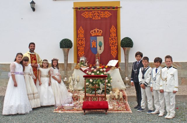 El 'Corpus Christi' recorre las calles lumbrerenses entre flores y nuevos comulgantes - 2, Foto 2