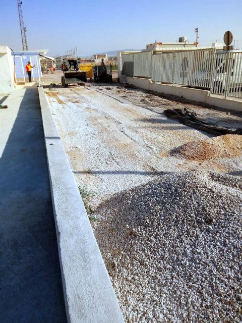 Comienzan las obras de instalación de un parque infantil en el polideportivo municipal - 3, Foto 3