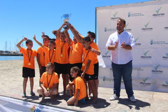 Más de 600 escolares disputan las finales escolares de mate, voley playa y fútbol8 en San Pedro del Pinatar - 3, Foto 3