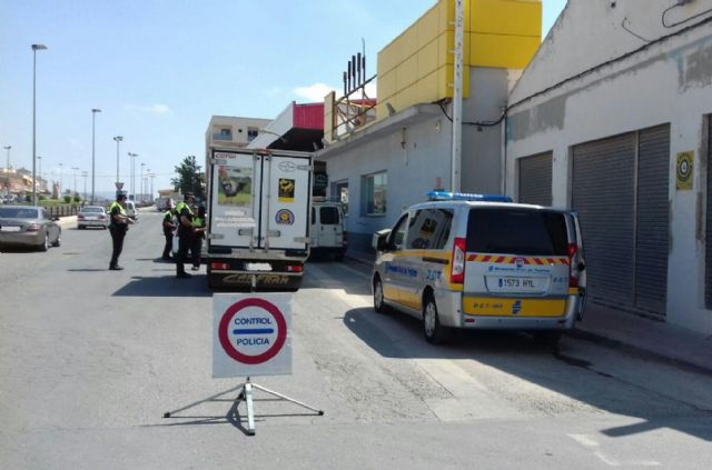 The Local Police of Totana participates during this week in a new special campaign of detection of alcohol and drugs at the wheel