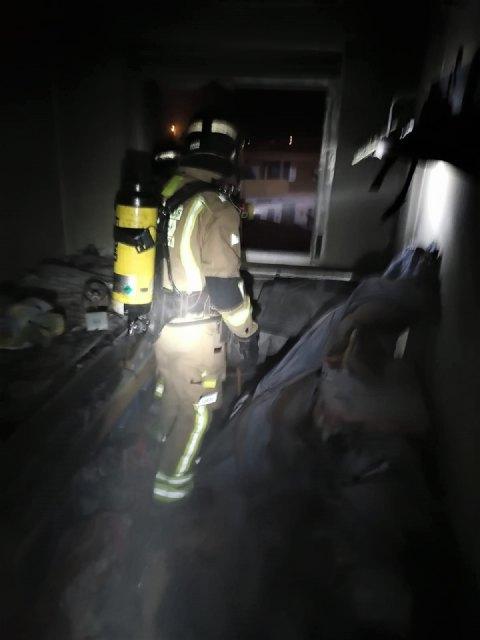 Heridas dos personas en el incendio de una vivienda en San Javier - 1, Foto 1