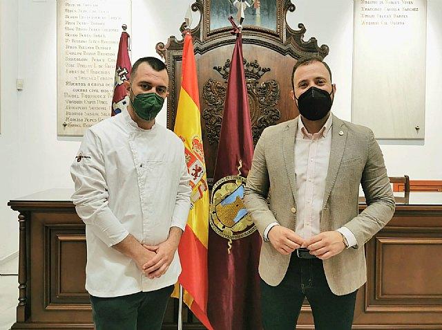 El Ayuntamiento de Lorca arropa a los hosteleros lorquinos que participaron en 'Madrid Fusión', primer congreso global de gastronomía - 2, Foto 2