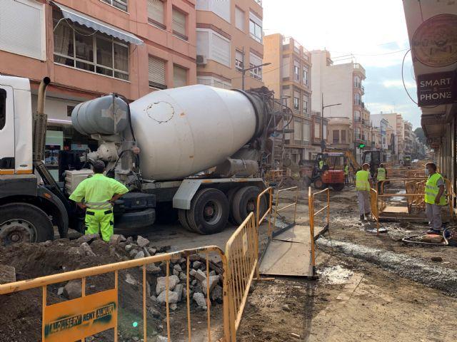 Inician la colocación de la solera para el adoquinado de la Calle Conde de Aranda - 1, Foto 1