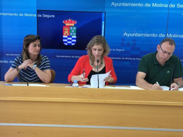 El Ayuntamiento de Molina de Segura firma un convenio de colaboración con AFAD para la atención de enfermos de Alzheimer y otras demencias - 1, Foto 1