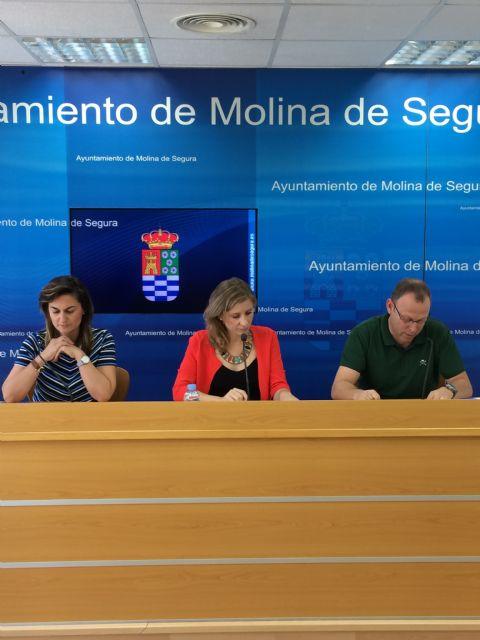 El Ayuntamiento de Molina de Segura firma un convenio de colaboración con AFAD para la atención de enfermos de Alzheimer y otras demencias - 2, Foto 2