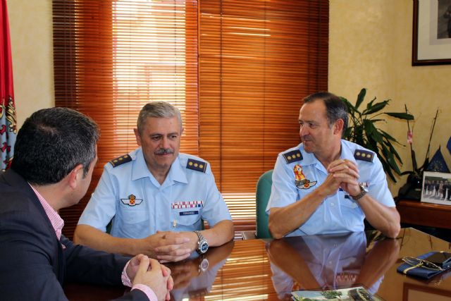 Despedida del Coronel Jefe de la Base Aérea de Alcantarilla y presentación de su relevo - 4, Foto 4