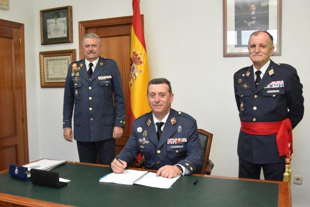 Acto de toma de posesión y relevo de mando en la Base Aérea de Alcantarilla - 1, Foto 1