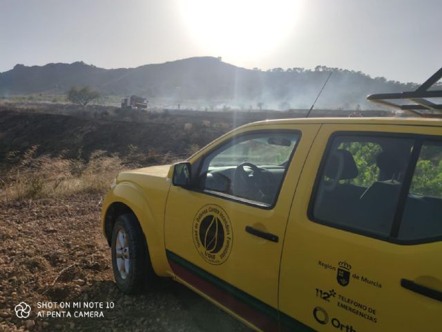 Incendio forestal en la pedanía abanillera Cañada de la Leña - 1, Foto 1