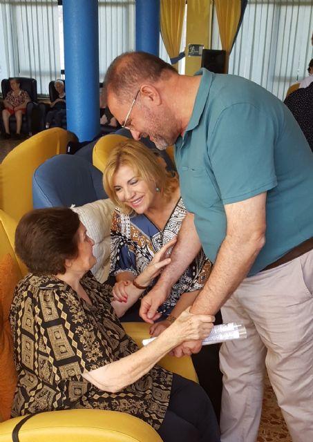 Familia destina 118.000 euros para la ayuda a domicilio a personas dependientes en Totana, Foto 1