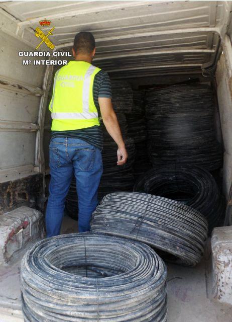 La Guardia Civil detiene a los tres integrantes de un grupo delictivo dedicado a la sustracción de manguera de riego, Foto 5
