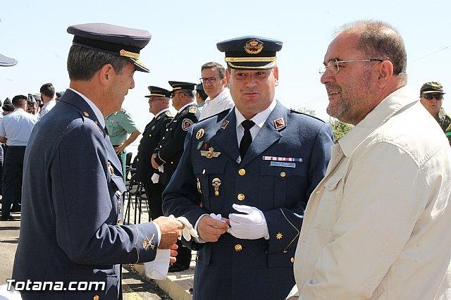 El Comandante del Cuerpo General del Ej�rcito del Aire Juan Carlos Giz toma posesi�n de la Jefatura del Escuadr�n del EVA 13, Foto 2