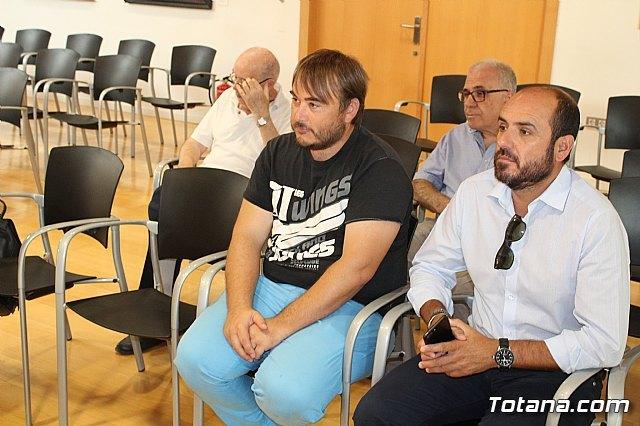 Se realiza una recepción a Francisco Cayuela Cánovas, Foto 2