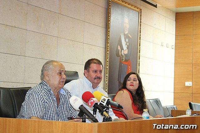 Se realiza una recepción a Francisco Cayuela Cánovas, Foto 4