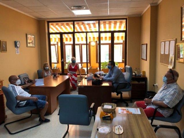 El Alcalde y el Concejal de Mayores han mantenido un encuentro con la Asociación Local de Personas Mayores - 1, Foto 1