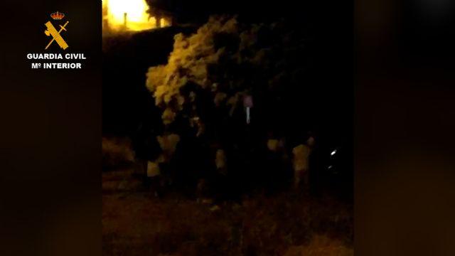 Sorprendidos cerca de 70 jóvenes en un paraje rural de Fortuna mientras realizaban un botellón incumpliendo las medidas de seguridad - 3, Foto 3