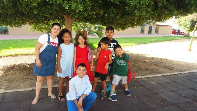 Punto y final a las escuelas de verano de D´Genes, en las que han participado en los meses de julio y agosto cerca de medio centenar de niños, Foto 2