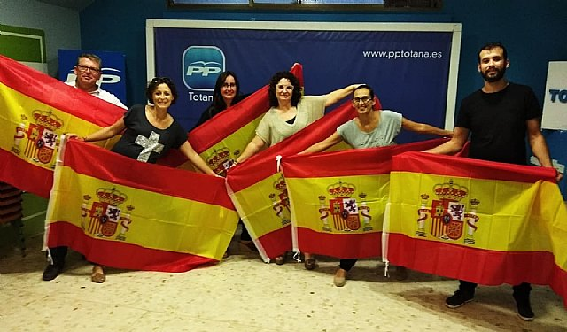 """Luce tú bandera"""