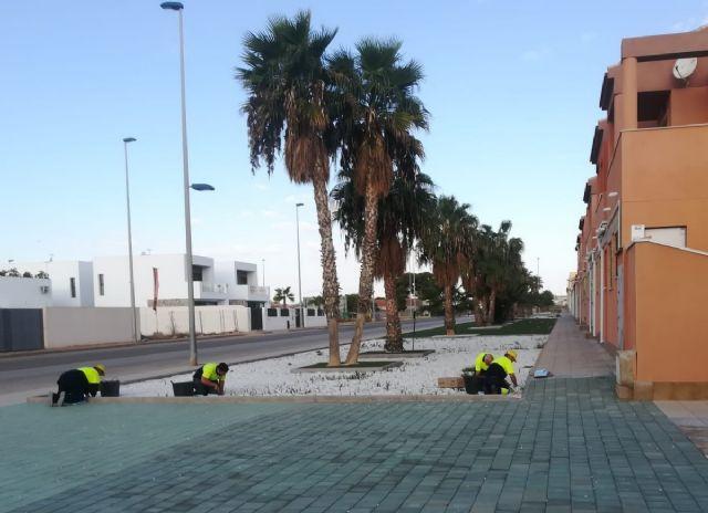 El Ayuntamiento refuerza el mantenimiento y reparación de zonas verdes con 10 jardineros - 2, Foto 2