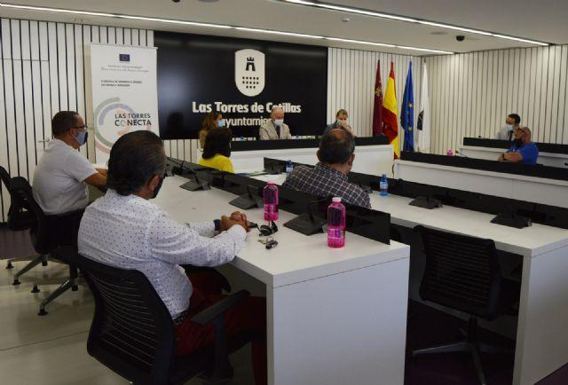 Presentan a los comerciantes de Las Torres de Cotillas las ayudas aprobadas por el Gobierno regional - 2, Foto 2