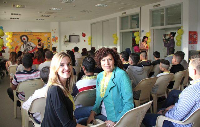 Correos y Payasos sin Fronteras reparten sonrisas en el Centro Integral de Personas con Discapacidad de Puerto Lumbreras - 3, Foto 3