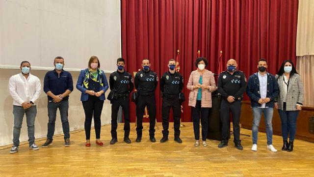 Tres nuevos agentes de la Policía Local toman posesión de su cargo - 1, Foto 1