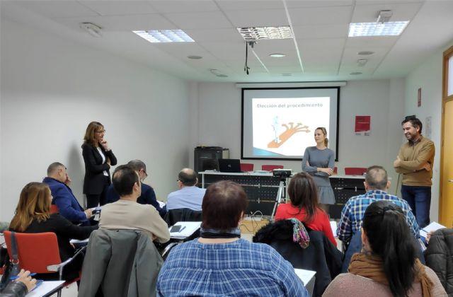 Las Torres de Cotillas acoge un curso para empleados públicos sobre contratación - 1, Foto 1