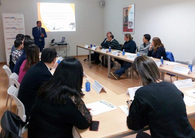Cuatro de cada 100 trabajadores que umivale tiene protegidos en la región de Murcia no acuden a su puesto de trabajo ningún día del año - 2, Foto 2