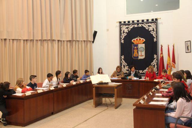 Escolares lumbrerenses y personas con discapacidad protagonizan el Pleno con motivo del Día de la Constitución - 3, Foto 3