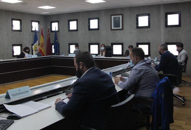 El Pleno aprueba por unanimidad nombrar Hijo Predilecto a D. Miguel Pérez Fernández - 1, Foto 1