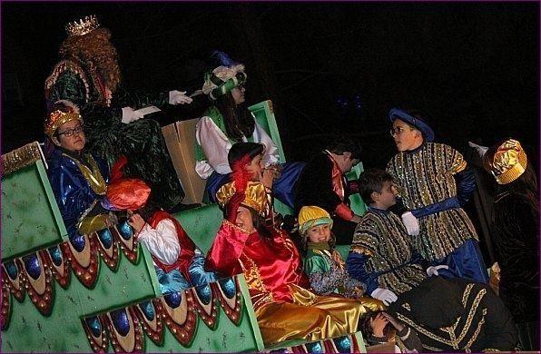 La Cabalgata de los Reyes Magos de Oriente recorre mañana las principales calles de Totana, Foto 3