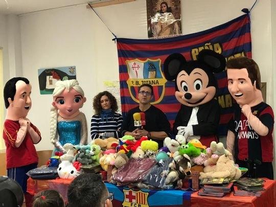 La Peña Barcelonista de Totana visita en Centro de Personas con Discapacidad Intelectual José Moya Trilla - 2, Foto 2