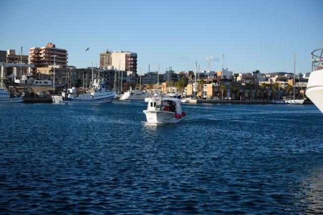 Los Reyes Magos llegan en barco este sábado al muelle pesquero, Foto 2