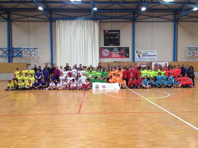Los Centros Educativos del municipio participan en Jugando al Atletismo, alevín en Roldán - 1, Foto 1