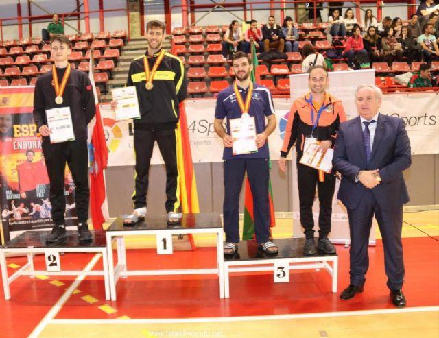 Rubén García consigue una medalla de plata en el Campeonato de España absoluto de Taekwondo, Foto 1