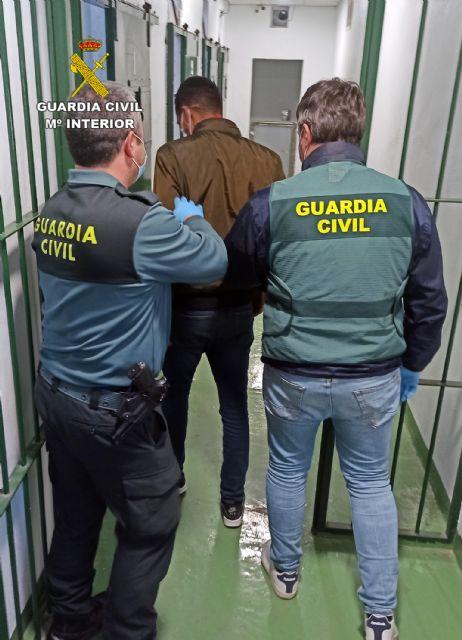 La Guardia Civil detiene a un experimentado delincuente buscado por la justicia - 1, Foto 1