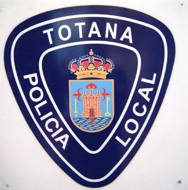 Agentes de la Policía Local de Totana detienen a dos individuos autores de un robo con violencia, Foto 1