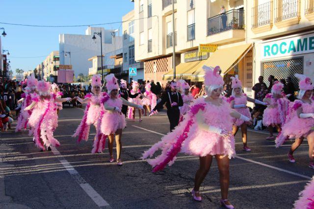 Más de 1.700 personas y 40 comparsas llenan de carnaval las calles de San Pedro del Pinatar - 2, Foto 2