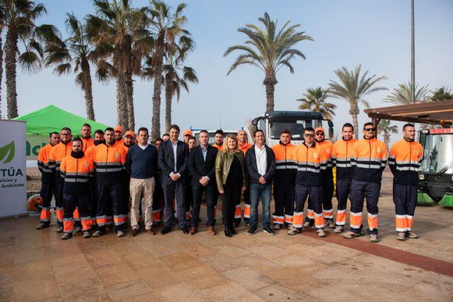 Un nuevo contrato de limpieza reforzará la actuación durante todo el año en Mazarrón, Puerto y pedanías - 1, Foto 1