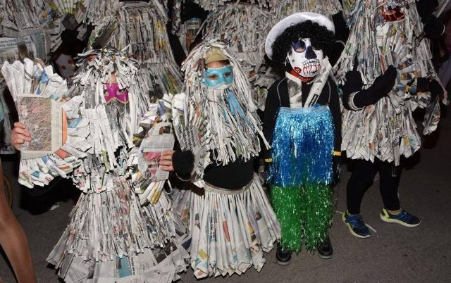 Continue the Carnival activities program tomorrow with the traditional Concentration of Masks (8:30 pm) - 2