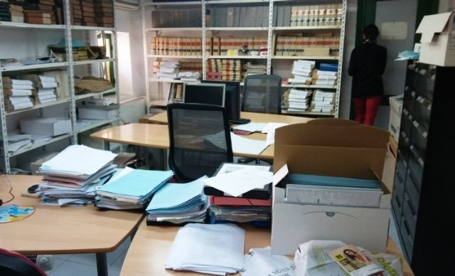 The opening of the Municipal Archive service is enabled on Thursday mornings, two and a half hours, until the incorporation of the titular official - 1