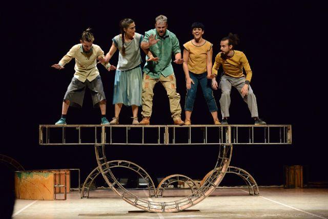 Vaivén Circo presenta el espectáculo ESENCIAL en el Teatro Villa de Molina el domingo 7 de marzo - 1, Foto 1