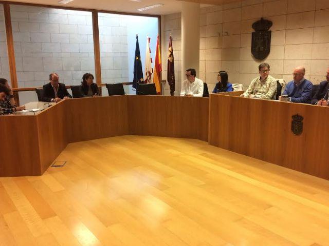 Se re�ne, por vez primera en esta legislatura, la Mesa de Trabajo del Plan General Municipal de Ordenaci�n, Foto 4