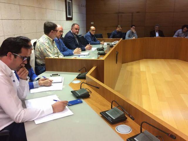 Se re�ne, por vez primera en esta legislatura, la Mesa de Trabajo del Plan General Municipal de Ordenaci�n, Foto 5