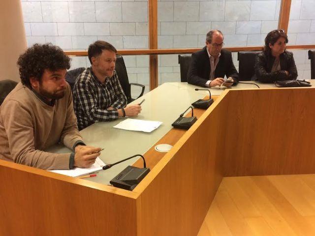 Se re�ne, por vez primera en esta legislatura, la Mesa de Trabajo del Plan General Municipal de Ordenaci�n, Foto 6